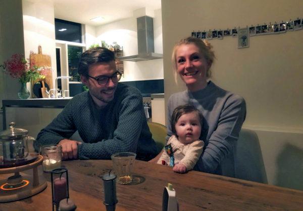 Nieuwe buren op 64A: Matilda, Rineke en Ismail
