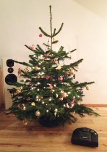 Nieuwe-buren_kerstboom-robot