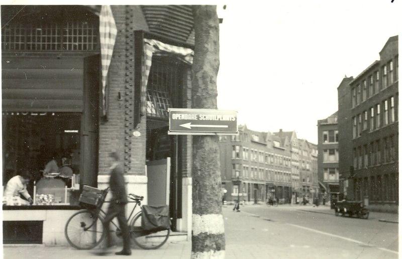 Uitzicht op de Witte van Haemstedestraat, WOII