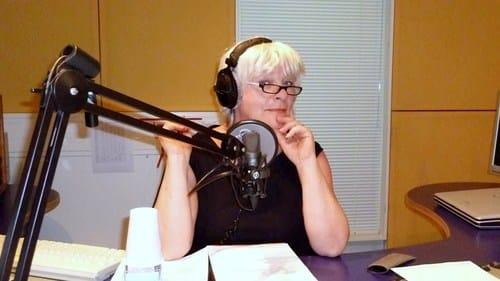 Yvonne met Radio Zorgvrijstaat